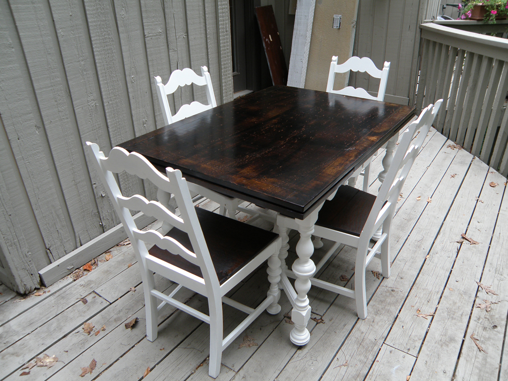 Kitchen table and chairs rustic makeover alewood for Dark wood kitchen table